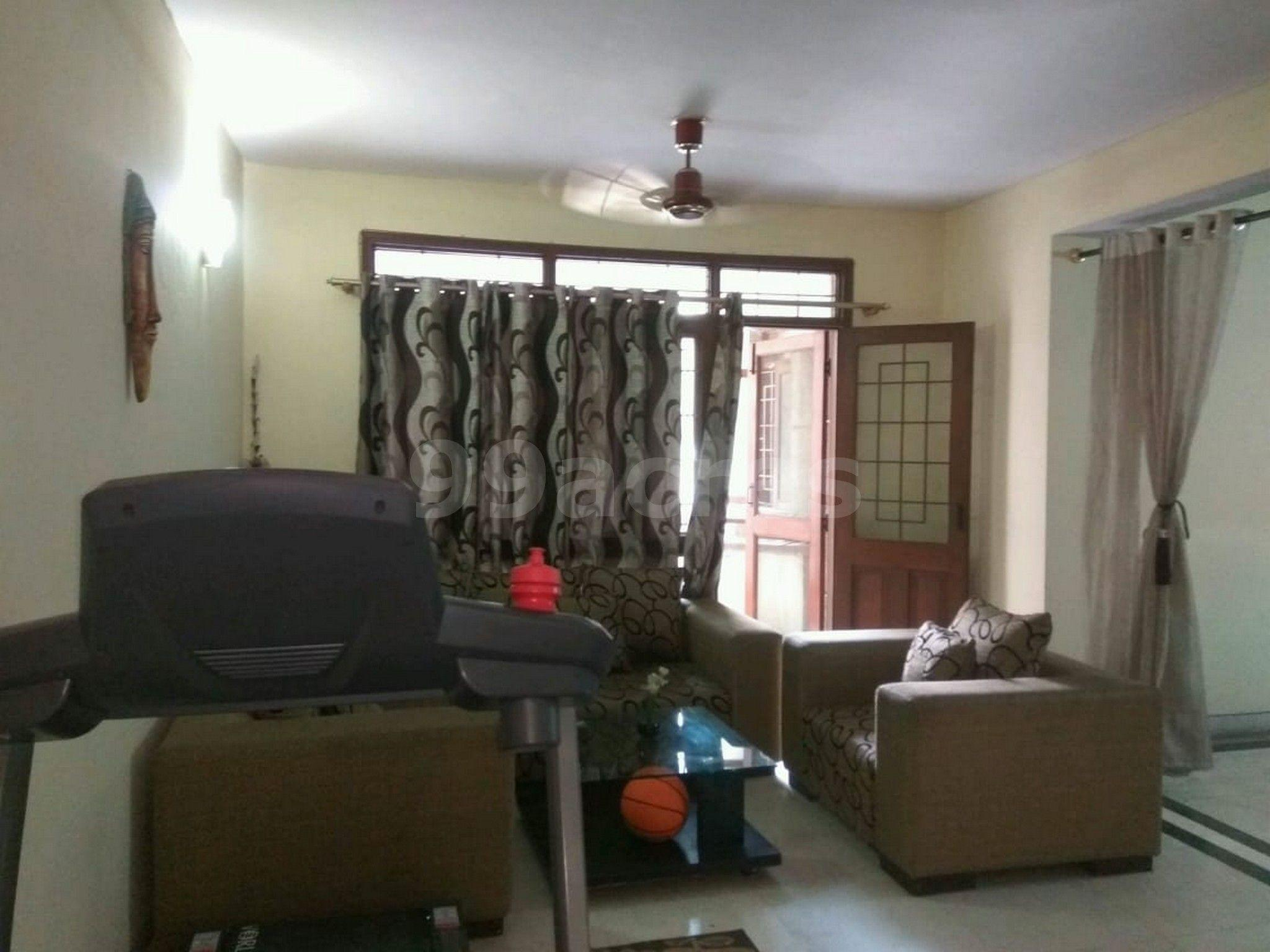 3BHK-1350sqft-flat-for-rent-in--Sector-62-Noida-TP12-2542591